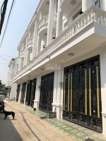 chính chủ bán gấp nhà đẹp chợ vườn lài 1 trệt 2 lầu 1 tum sổ hồng riêng giá đầu tư 0902570222