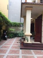 bán biệt thự phố an dương vương tây hồ diện tích 175m2 mặt tiền gần 145m ô tô đ trước cổng