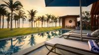 bán bằng giá mua ban đầu biệt thự mặt biển bãi dài ở nha trang tặng kèm 1 căn condotel view biển