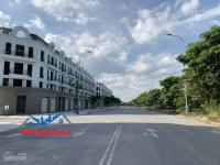 lô góc 149m2 siêu đẹp view hồ hướng đn khu nhà phố 31ha trâu quỳ gia lâm lh 0971413456