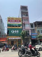 Cho thuê nhà lô góc mặt phố Trần Nguyên Hãn MT:4m-Dt: 50m2 x 4 tầng LH: 0983889740