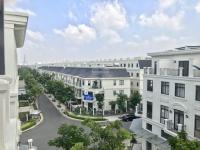 cần bán shophouse song hành lakeview city giá chỉ 188 tỷ bớt lộc lh 0911960809