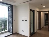 Tôi cần bán căn hộ bằng giá & cắt lỗ tại Vinhomes Green Bay, ban công Đông Nam, view thoáng mát LH: 0984131618