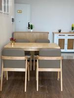 căn hộ cao cấp view cầu nhật tân full nội thất giá cực mềm
