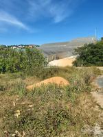Bán lô đất xây dựng 3 mặt tiền đường mai xuân thưởng p8 tpđà lạt Diện tích :250m2 Đượng nhựa 5m Ph LH: 0915142479