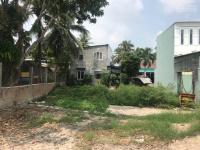 cần bán lô đất ở xã hòa khánh nam ngay ủy ban dt 147m2 giá 800tr có sổ bao sang tên lh 0945387603