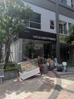 cần cho thuê shophouse căn góc 2 mặt tiền đường chính và công viên lh 0916141070