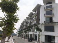 chính chủ cần bán lại căn view hồ town 5 shophouse khai sơn city long biên 0944111223