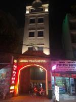 bán khách sạn 31 phòng mặt tiền đường cống lở doanh thu 260trtháng