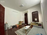 cho thuê 3 phòng tại nhà mặt tiền 77 hoàng cầu mặt hồ hoàng cầu