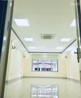 bán nhà phố trung kính 698m2 xây 75 tầng 1 hầm chính chủ