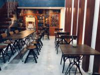 chính chủ cần sang nhượng gấp quán cafe mặt tiền quận 5 với giá sang l vốn liên hệ 0906681683