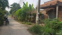 cần bán lô đất ngộp đất đẹp gần chợ trường học nhiều tiện ích khác