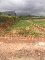 chính chủ cần tiền bán lô đất 2 mặt tiền đường dt 150m2 tc 100 0937172535