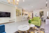 cho thuê căn hộ chung cư 2pn the sun avenue nội thất châu âu giá tốt nhất liên hệ 0907575919