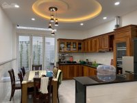 cho thuê nhanh căn nhà 4 tầng 6pn mới đẹp ngay trung tâm nha trang giá chỉ 30tr th lh 0982497979