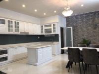 cần bán nhà tại p14 q10 giá chỉ 130 triệum2