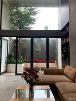 bán nhà 4 tầng mt huỳnh ngọc huệ có sn hđ thuê 40 trtháng giá 129 tỷ