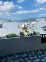 bán nhà đẹp khu tđc vcn phước long 2 40m2 4 tầng chỉ 295 tỷ lh 0906505668