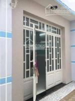 nhà gần chợ hưng long và quốc lộ 50 giá 670trcăn lh trực tiếp 0979863747