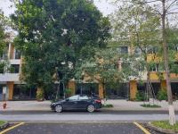 chính chủ cần bán gấp căn nhà phố shophouse parkriver ecopark đường lớn vị trí đẹp