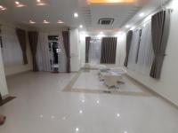 cho thuê villa sân vườn 350m2 full nội thất p thảo điền q2