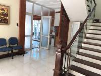 cho thuê nhà biệt thự nguyễn xiển thanh xuân dt 90m2 x 5 tầng mt 12m lh gia linh 0399909083