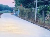 chính chủ bán ngợp lô đất mặt tiền đường ngô đức kế thị trấn chơn thành giá rẻ tt 290 triệu