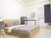 cho thuê phòng mới 100 đầy đủ nội thất chỉ xách vali vào ở sát bên chợ lh 0903 62 1992