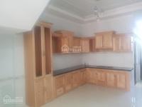 bán gấp căn nhà 1 trệt 2 lầu liền kề thủ đức mặt tiền quốc lộ 1k giá 3tỷ 5 đầy đủ nội thất