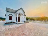 20m đất mt đường cao bá quát nhà đất thuộc thị trấn chơn thành tặng luôn căn nhà thái siêu đẹp