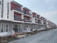 tôi bán 1 trong 2 căn shophouse đường lớn dự án dragon village quận 9 giá chỉ 5450 tỷcăn