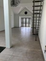 cho thuê nhà phố 1 trệt 3 lầu rất thích hợp kinh doanh và ở khu nam long q7 0936031164