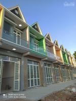 bán dãy phố 2 tầng 35x10m ngay chợ hưng long giá tt chỉ 590 triệu 0839331665