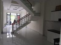 bán nhà 2 lầu 521 nằm kv dân cư đông đúc giá 2tỷ shr chính chủ lh 0365537106 oanh kiều