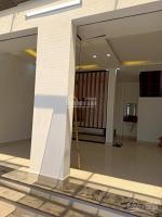 nhà đẹp mê 1123 vla dt 6x10m trệt lầu mặt tiền đường đang đổ nhựa giá nhanh 1 tỷ 850