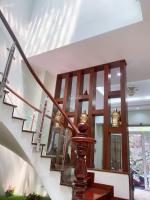 cần bán tòa nhà vừa xây mới 4 tầng thang máy lê văn sỹ tb dt 6x20m giá chỉ 175 tỷ