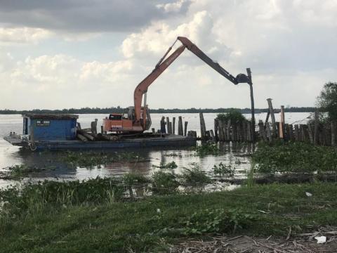 Dự án đang trong quá trình san lấp và đã xây dựng bến cầu tàu