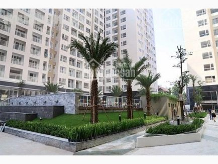 Sky Center Pho Quang apartment for rent. 2 bedrooms, unfurnished, 14 mil VND  per month