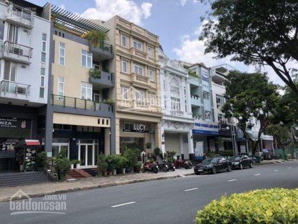 Townhouse for rent in Phu My Hung - District 7 - 120sqm - $4500/month - 0907894503(Mr. Le)