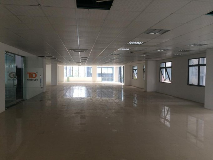 Văn phòng cho thuê hạng B, phố Duy Tân, Cầu Giấy 180m2 400m2, 600m2, 1000m2. Giá 150 nghìn/m2/tháng