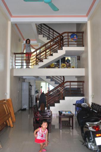 Cần bán nhà 4 tầng mới xây năm 2014 mặt đường Châu Phong. Gia Cẩm, Việt Trì, Phú Phọ