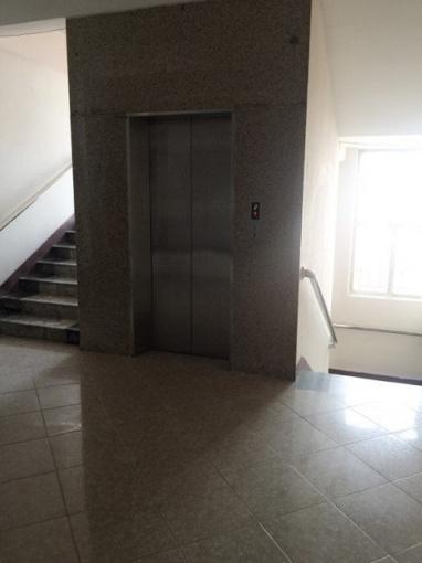Ccmn có thang máy đủ đồ, cho thuê tại 208 nguyễn văn cừ