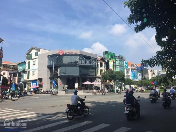 Nhà MT Quốc Lộ 13 ngã tư Hòa Lân, DT: 3600m2, giá rẻ: 48 tỷ
