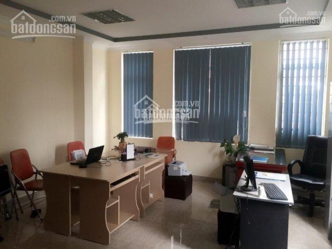Cho thuê văn phòng, DT 20m2, 35m2 rẻ nhất Nguyễn Khang hoặc đường Trung Yên 9