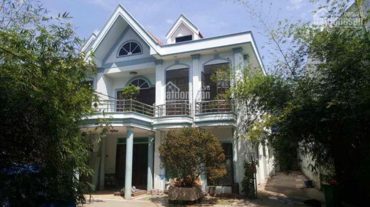 Nhà kho biệt thự thổ cư mặt tiền 11m, nở hậu 18m, dài 64m, Quận Bình Tân