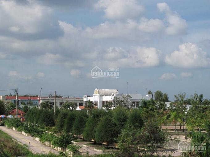 Chính chủ cho thuê mặt bằng kinh doanh rộng 8m, mặt tiền Quốc Lộ 53, gần chợ Long Hồ, bến xe