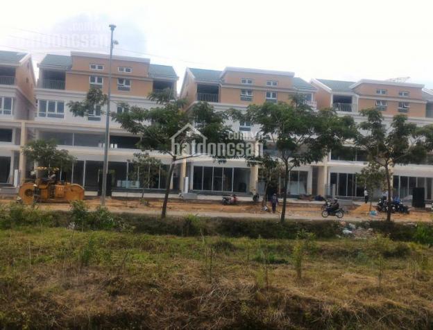Bán gấp! Siêu rẻ, chỉ 12,5tỷ sở hữu biệt thự Dragon Parc 1 mặt tiền Nguyễn Hữu Thọ, giao nhà ngay