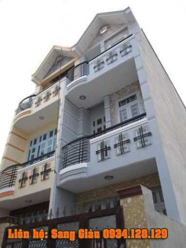 Bán nhà chính chủ đường An Dương Vương quận 8 giáp quận 6, DT 4,5mx13m, giá 4 tỷ LH 0906 846 768