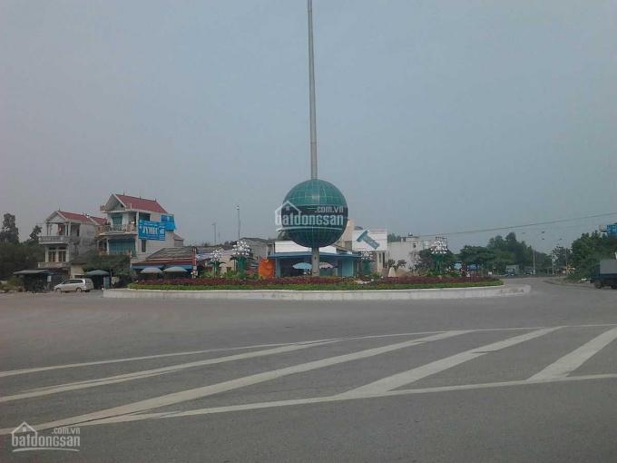 Chính chủ bán đất mặt tiền QL13, ngang 40x110m, TC 300m, giá 18triệu/m2. Tại phường Vĩnh Phú